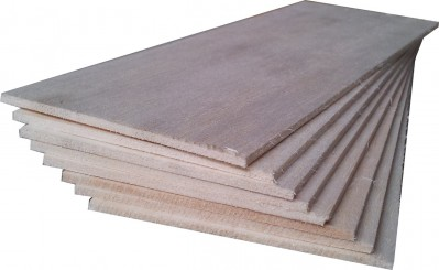 "BALSA WOOD 8 sheets 12"" x 4"" x 1/8"" (305mm x 100mm x 3mm) NEW"