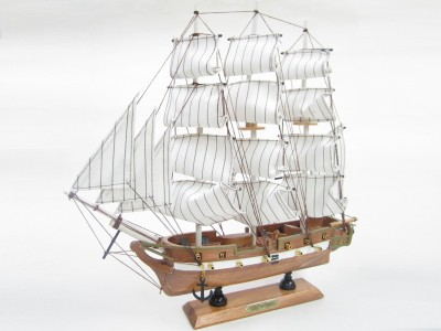 USS Constitution Starter Boat Kit: Build Your Own Wooden Model Ship